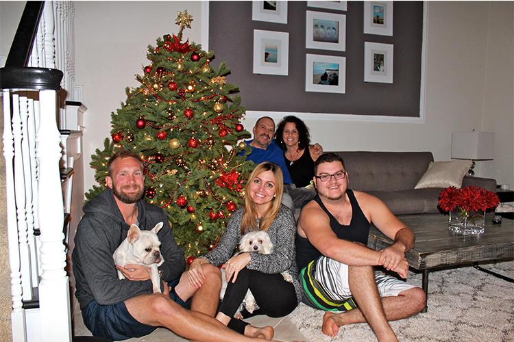 Christmas Family Photo - David Rebosio Bio - Front end web developer & Graphic Designer